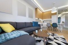 现代室内设计-露天场所 库存照片