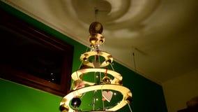 现代家庭做的圣诞树 影视素材