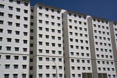 现代密度高的住房 免版税库存照片