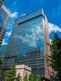 现代建筑学在东京街市-东京,日本- 2018年6月19日 免版税库存图片