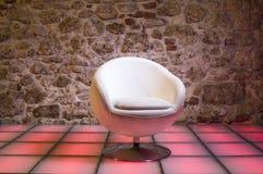现代扶手椅子 免版税库存图片