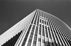 现代抽象大厦的角落 免版税库存照片
