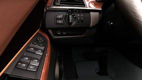 现代控制板举的窗口的汽车内部视图 皇族释放例证