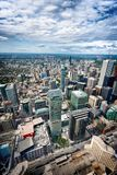 现代摩天大楼和办公楼鸟瞰图在多伦多 库存照片