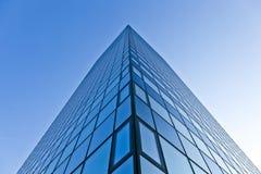 现代摩天大楼玻璃门面  库存照片