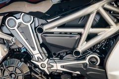 现代摩托车引擎细节  免版税图库摄影