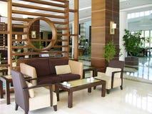 现代旅馆的大厅 免版税图库摄影