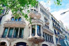 现代派房子Lleo在Paseo de Gracia,有名望的西班牙现代主义者的工作的y Morera的门面的细节 免版税库存照片