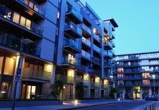 现代的公寓楼 免版税库存图片