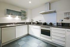 现代的厨房 免版税库存照片