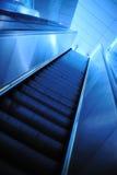 现代的自动扶梯 免版税库存图片