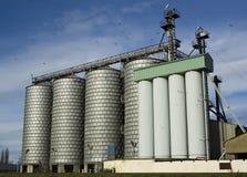 现代的面粉加工厂 免版税库存图片