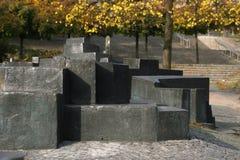 现代纪念碑石头 免版税图库摄影