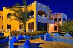 现代结构的旅馆 免版税图库摄影