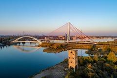 现代缆绳被停留的和吊桥在格但斯克,波兰 图库摄影