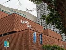 现代美术商标和入口SF MOMA博物馆  免版税库存照片