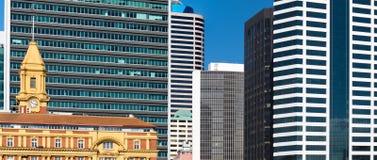 现代街市抽象结构的大厦 免版税库存图片