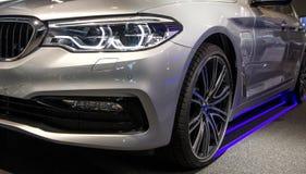 现代豪华汽车,车灯特写镜头 概念的昂贵,自动体育 图库摄影