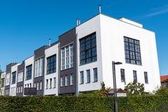 现代连续房子在柏林,德国 库存照片