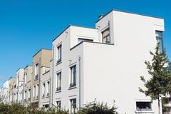 现代连续连栋房屋在柏林 图库摄影