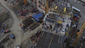 现代都市风景的未完成的居民住房工地工作 通风 影视素材