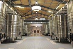 现代酿酒厂 免版税图库摄影