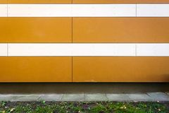 现代镶边墙壁纹理背景 免版税库存照片