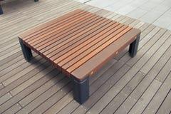 现代长凳 库存照片