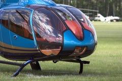 现代驾驶舱的直升机 免版税库存图片