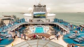 现代cruiseship的上甲板 库存图片