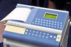现代ekg的设备 免版税库存图片