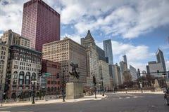 现代Skycrapers在街市芝加哥 免版税库存照片