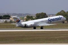 现在停止活动的Spanair, MD-82离开 库存照片