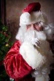 现在平静的圣诞老人说 库存图片