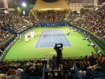 现场迪拜体育场网球 免版税库存图片