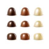 现实黑黑暗的苦涩白色牛奶巧克力糖果 皇族释放例证