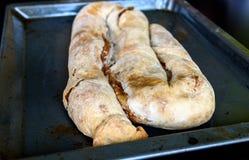 现成的自创苹果果馅奶酪卷,饼, Burek 库存照片