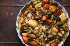 现成的kasul用猪肉和羊羔和菜特写镜头 免版税图库摄影