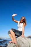 现有量挥动的妇女 免版税库存照片