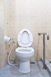 现有量洗手间铁路运输白色 免版税库存照片