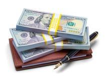 现金支票簿和笔 图库摄影