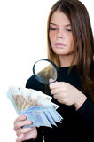 现金欧洲玻璃扩大化的货币妇女 免版税图库摄影