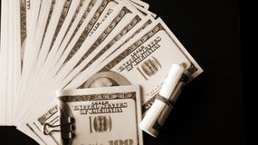 现金货币 这些文章毒物生活 库存照片