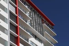 现代住宅公寓楼 免版税库存照片