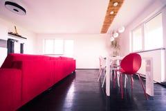 现代公寓-客厅 免版税库存照片