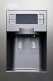 现代厨房冰箱 库存照片