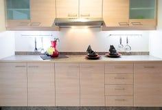 现代厨房在家 图库摄影