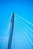 现代吊桥 免版税库存照片