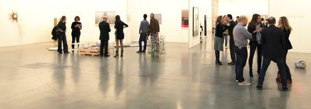 现代和当代艺术的国际陈列 免版税库存照片