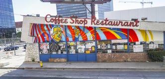 现代和疯狂的咖啡店和餐馆在洛杉矶-洛杉矶-加利福尼亚- 2017年4月20日 库存照片
